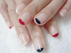 Get summer mani-pedis at home /hotel in London - www.lesalonapp.com - #nailart #beauty #manicure #nails