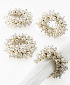 Elegant napkin rings - like :)