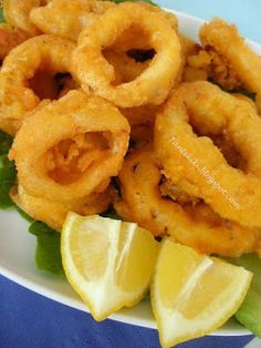 Fried squid rings in ouzo batter Greek Recipes, Desert Recipes, Fish Recipes, Seafood Recipes, Chefs, Healthy Cooking, Cooking Recipes, Greek Appetizers, Calamari Recipes