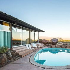 Modern Pool Designs and 3 Things Every Pool Owner Should Know – My Life Spot Modern Pools, Mid-century Modern, Vintage Architecture, Architecture Design, Swimming Pool Photos, Modernism Week, Palm Springs Style, Architectural Features, Mid Century House