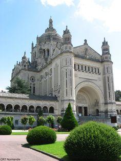 La basilique de Lisieux, Normandie, France