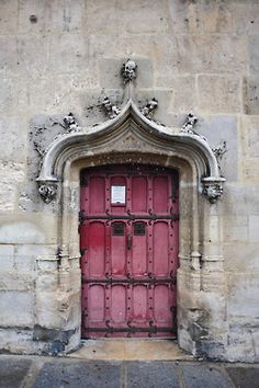 I now want to paint my front door an orchid color. Now, if I can only get a home made out of stone too! Lol