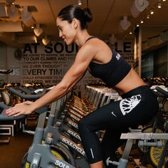 5 MustKnow Tricks for Positioning Your Spin Bike Fixed Gear Bicycle, Bike Run, Bike Rides, Fitness Workout For Women, Fitness Goals, Fitness Bike, Cycling Tips, Road Cycling, Spin Bike Workouts