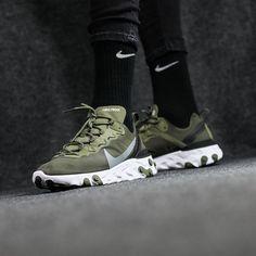Erstehe Huarache Schuhe von Nike. CH