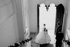 Rock mit elliptischer Krinoline, Balltaille um 1865. Angelehnt an das Krönungskleid der Elisabeth von Österreich. Foto: Kaja Grope // Bespoke #bridal gown #Sissi #historical #crinoline #ninaclausencouture