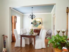 Wall color and ceiling color - Traditional Dining-rooms from Kristie Barnett on HGTV