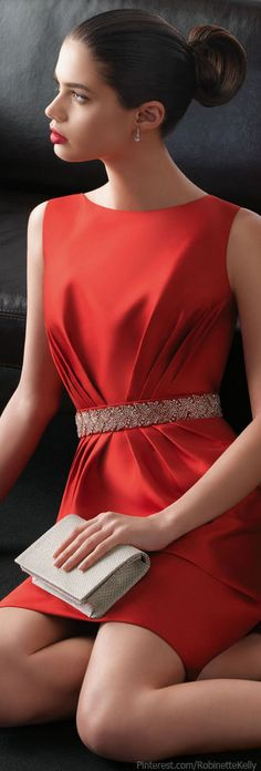 Rosa Clara 2013 - i need this red dress Beauty And Fashion, Red Fashion, High Fashion, Womens Fashion, Pretty Dresses, Beautiful Dresses, Fashion Vestidos, Glamour, Lady In Red