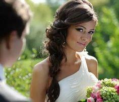 Capelli Lunghi 2015 Aconciatura Da Sposa Con Treccia Laterale