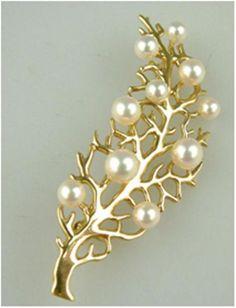 Mikimoto coral brooch