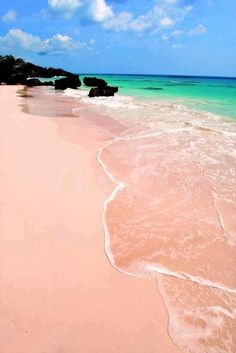 the pink sands of Bermuda... just a quick 2 hr direct flight away (wonderphul.com)