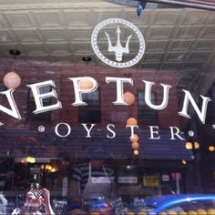 Neptune Oyster Bar in Boston's North End