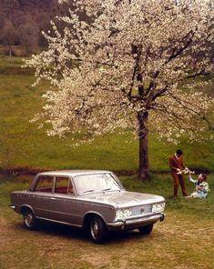 My mother's car back in the day. Vintage Porsche, Vintage Cars, Turin, Maserati, Ferrari, Automobile, Fiat 126, Spa, Fiat Abarth