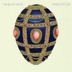 """The Black Keys, """"Magic Potion"""", Rock-Blues, 2006. Quoi de mieux que commencer par eux? Deux amis, Dan Auerbach et Patrick Carney, animés par la même passion: le rock, les guitares qui grincent, un rythme efficace et la voix d'un blues électrique... Cet album sort de leur trippes. Bercés du début à la fin par leurs mélodies alliant rock de garage et tristesse du blues, vous fera doucement sourire en affrontant la pluie au petit matin. spoti.fi/92I8od // amzn.to/xFLYfO"""
