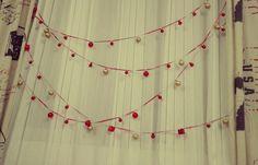 No-tree indoor christmas decorations
