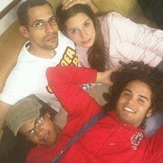 #tbt ¡Esto es lo que yo llamo un tbtazo! Hace 7 años casi, con mi adorada @fabiarace y mis panas @damian_suarez y @c3sarali 💚💚💚 full love!  .  .  .  .  #teatro #tagsforlikes #instagram #instamoment #caracas #venezuela #actor #actriz #art #artistas #actors #love #exito #theater #friends #amigos #igers #like4like #follow #lifestyle #picoftheday #power