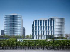 Bürokomplex von gmp in Shanghai / Changierende Würfel - Architektur und Architekten - News / Meldungen / Nachrichten - BauNetz.de