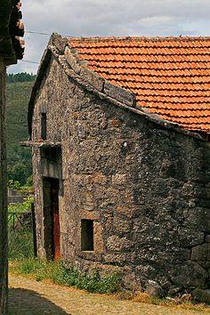 Aldeia Histórica da Agra / Vieira do Minho / Portugal by Maria Rego