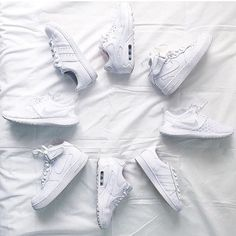 All White Sunday  _________________________________  #Nike #adidas #superstar #airforce1 #airforce #af1 #one #1 #sneaker #sneakers #sneakerhead #kicks #sole #footwear #shoe #shoes #instacool #instagood #instagram #instalike #instamood #instadaily #instasize #instafollow #instalove by blkvis