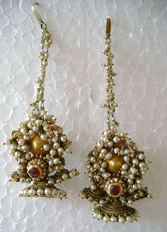 antique gold earrings from karnataka