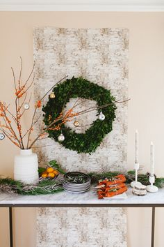 Setting the scene for entertaining guests isn't always easy! Here's 5 quick steps to how to style your holiday buffet!