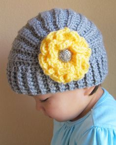 CROCHET PATTERN - Très Chic - a beanie hat with flower in 5 sizes (Baby - Adult) - Instant PDF Download