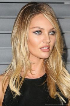 New Hair Color Blonde Roots Eye Makeup Ideas Blonde Roots, Blonde Hair, Blonde Balayage, Candice Swanepoel Makeup, Candice Swanepoel Style, Photo Makeup, New Hair Colors, Blonde Color, Beautiful Models