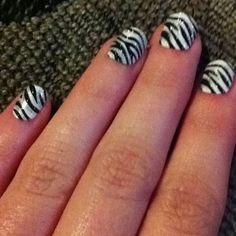 Zebra nails :)