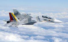 Los aviones cazas rusos mejores que los estadounidenses. Moscú no esperaba nada así de la prensa estadounidense. La publicación USA Today dio a conocer una entrevista con el general Hal Hornburg, quien confirmó que los aviones caza multifunciones SU-30MKI (Sukhoi de fabricación rusa), utilizados por India, habían superado por completo a los F-15C/D Eagle en 90% de los simulacros de combate aéreo.