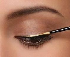 Gold Eyeliner by #Stila (Cinna...haha)
