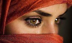 Oracolo arabo L'oracolo arabo, conosciuto anche come oracolo arabo dell'amore.  oracolo_arabo_foto_donnaL'oracolo arabo è dotato di una grande flessibilità. Secondo questo oracolo, ogni persona è in grado di cambiare il suo destino, generando azioni positive o negative in base ai successi o ai fallimenti, si può migliorare, ma si può anche peggiorare e regredire in questa lotta continua della vita