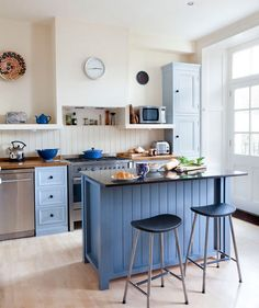 True Blue | Smart, stylish, and space-saving ideas for decorating the heart of the home.