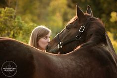 senior pictures with horses | minnesota-senior-photos-with-horse-03.JPG