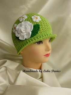 Summer Cloche Crochet Hat -- Free Pattern in baby to adult from Ravelry, see at:  http://thewhoot.com.au/whoot-news/crafty-corner/crochet-panama-hats