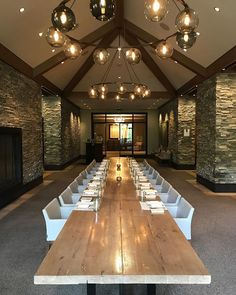 This place was amazing! Park City, Amazing Architecture, Utah, Conference Room, Instagram Images, Table Decorations, Places, Home Decor, Homemade Home Decor