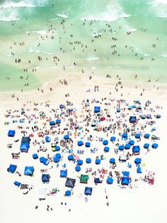 In his latest installment of Up in the Air, photographer Antoine Rose focuses on Miami Beach. His series of birds-eye-view photographs of Miami Beaches are Playa Beach, Miami Beach, South Beach, Miami Florida, Willy Ronis, Photo D Art, Foto Art, Photography Series, Aerial Photography
