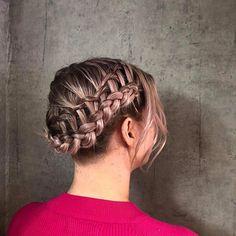 Fletter utført av Celine😄 Up Hairstyles, Celine, Breeze, Dreadlocks, Hair Styles, Beauty, Instagram, Hair Plait Styles, Hairdos