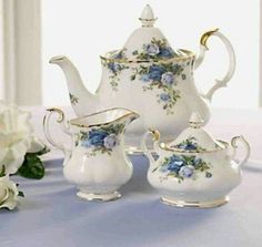 Shop Royal Albert Moonlight Rose Tea Set, read and more . Tea Cup Set, My Cup Of Tea, Tea Cup Saucer, Royal Albert, Rosen Tee, Vintage Tee, Keramik Vase, China Tea Sets, Teapots And Cups