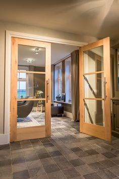 Wat vinden jullie van deze stijlvolle eikenhouten #suitedeuren van Maetwerck deuren?
