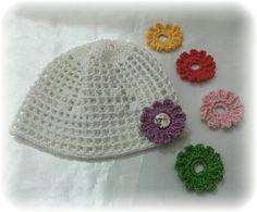 Cappellino cambio fiorellino per ogni vestitino  Cap change flower for every dress