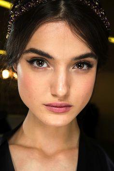Beauty Looks From Dolce & Gabbana F/W 2015