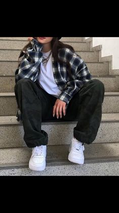 Adrette Outfits, Swaggy Outfits, Skater Girl Outfits, Indie Outfits, Teen Fashion Outfits, Retro Outfits, Cute Casual Outfits, Boyish Outfits, Flannel Outfits