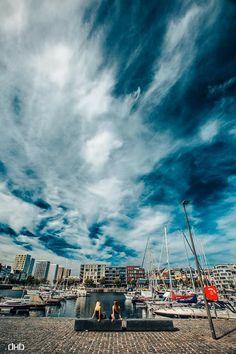 Queens of the Clouds (Antwerp Eilandje)