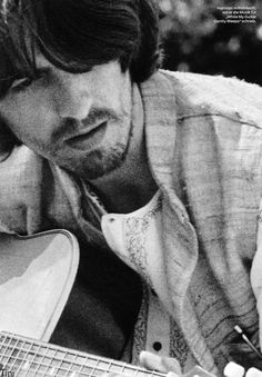 my favorite beatle. a beautiful soul who knew how to live. not to mention that handsome face: george harrison.