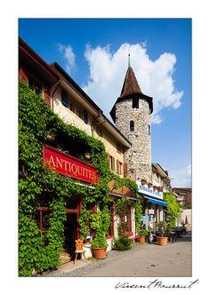 Une vue de mon village, La neuveville, Bern_ West Switzerland