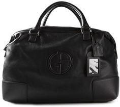 €1,095, Schwarze Leder Reisetasche von Giorgio Armani. Online-Shop: farfetch.com. Klicken Sie hier für mehr Informationen: https://lookastic.com/men/shop_items/81340/redirect