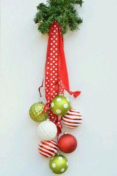 DIY Holiday Ornament Decor Inspiring You to Dream Big Noel Christmas, Winter Christmas, Christmas Wreaths, Christmas Projects, Holiday Crafts, Holiday Fun, Christmas Ideas, Holiday Tree, Navidad Diy