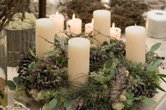 Bergen, Christmas Home, Pillar Candles, Den, Xmas, Crowns, Christmas Decorations, Creative, Candles