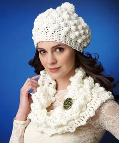 Ravelry: Twinkle Cowl and Beret pattern by Bernat Design Studio ~ free pattern