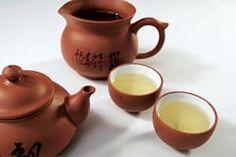 Zur alternativen Behandlung von Paradontose eignet sich grüner Tee