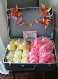 cotton candy party favors - Elly's party in green and red?